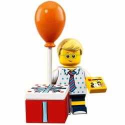 LEGO MINIFIG - LE GARCON GOUTER D ANNIVERSAIRE 71021
